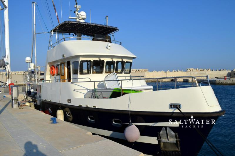 Guide to get steel boats for sale greece bayumi for Ice scratcher boat motor for sale
