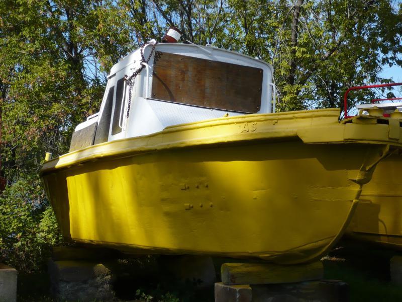 33' x 10' Steel Workboat With Winch