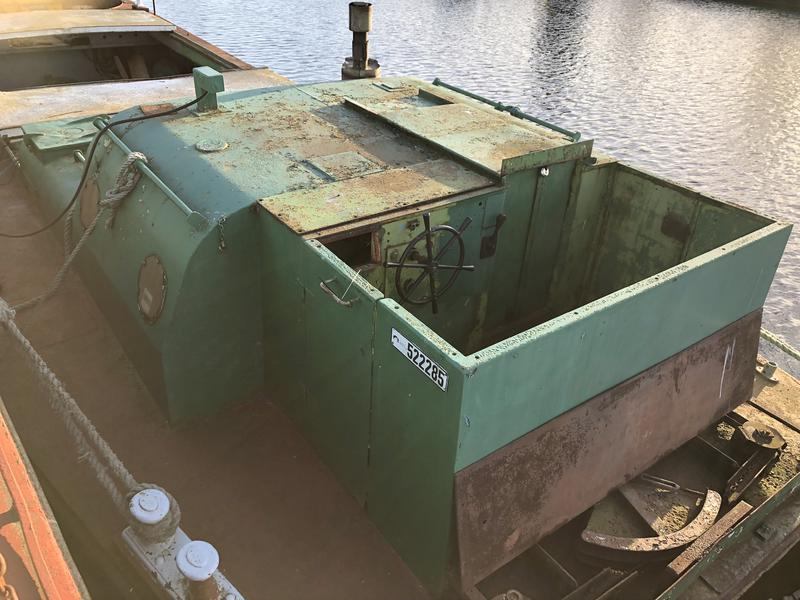 62ft x 15ft Crane Barge - Ideal size to be converted to a houseboat