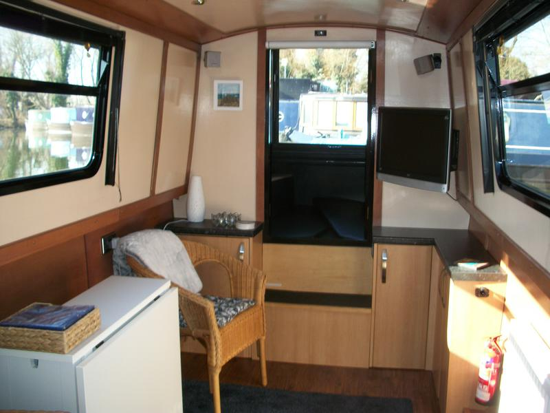 excellent live aboard with moorings