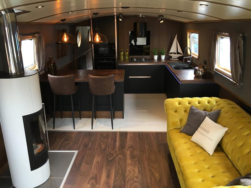 Stunning 2019 Widebeam boat 60 x 12ft
