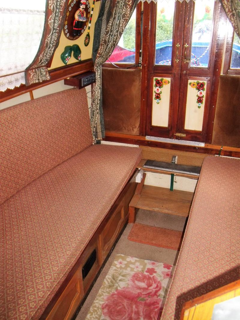 Cobweb 30ft 1975 Dartline cruiser stern narrowboat