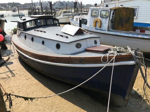 Sirona: beautifully converted life boat