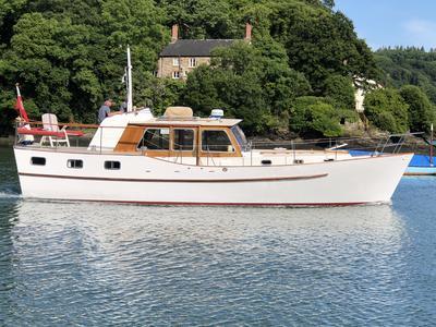 Gentleman's Twin Screw Motor Yacht
