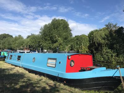 2009 widebeam, 50ftx10ft, Isuzu 42, excellent hull condition, epoxied