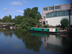Narrowboat mooring to rent Brentford West London