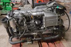 Yamaha ME422 diesel engine