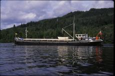 Cruising Hotel Barge ⁄ Liveaboard