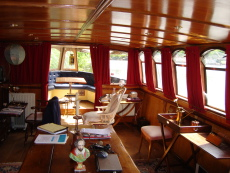 BEAUTIFUL BARGE: SUMMER'S LEASE