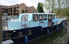 50' Dutch Barge