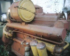 425 HP Caterpillar D353 Marine Engine