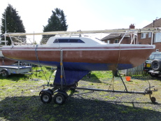Hunter Europa 19 on Galvanised Trailer