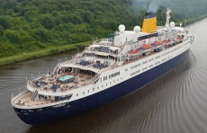 Classic Cruise Liner