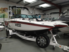 2013 MasterCraft X Star - Worldwide Shipping Available