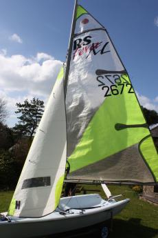 RS Feva xl  sail no. 2672 2008 boat