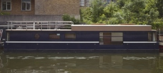 Contemporary houseboat - London