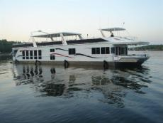 2006 FANTASY YACHTS 100 Wide Body