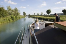 Rental canal boat in France, Champagne.