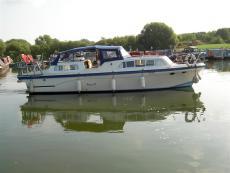 Tara Dee ll – 32' River Cruiser for Sale