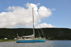 Expedition sailing yacht