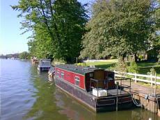 Leisure Mooring on non-tidal Thames - Teddington Hampton Wick