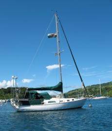 Islander 34ft proven offshore