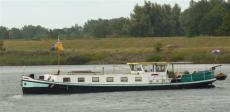 26m Liveaboard Barge