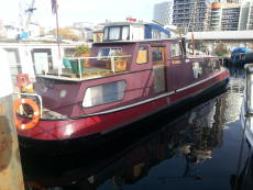 £60,000 reduced to £51,000 houseboat London mooring