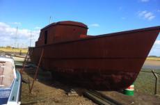 Fishing boat / liveaboard / houseboat
