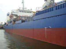 335-1. Sea-river tanker 5 000 t.
