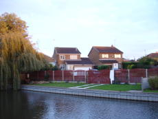 PRIVATE MOORING ON CHESTERFIELD CANAL