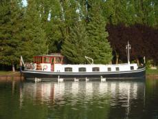 Avonturier - 19.66m Replica Dutch Barge