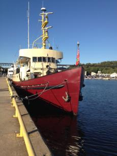 NEW PRICE! 127' x 28'  Steel Converted Ex CCG Vessel/Liveaboard Yacht