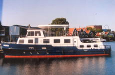ex Board vessel, great Live aboard