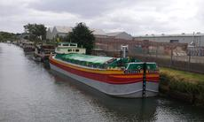 75ft x 14ft 6ins Converted Humber Barge