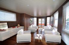 2 Bedroom Luxury Static Houseboat - FURTHER REDUCTION!