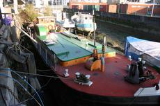 77ft x 17ft 6ins Converted Humber Barge