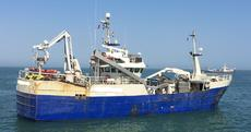 PURSE SEINER FISHING VESSEL WITH RSW TANKS
