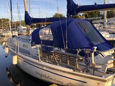 Westerly 33 fin keel ketch yacht