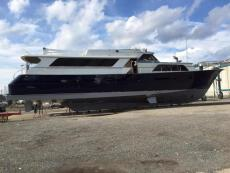 1981 Broward Raised Bridge Motor Yacht