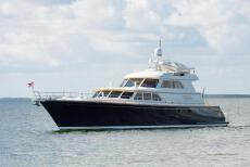 2004 Lyman-Morse Motoryacht