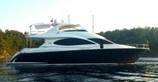 2005 Lazzara 68 Pilothouse Motoryacht