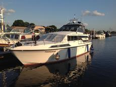 BROOM 12 Metre Aft cabin sports cruiser