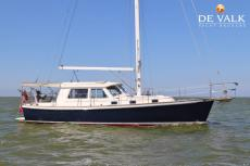 2005 CABO RICO NORTHEAST 400 PILOTHOUSE