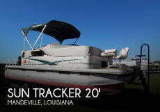 2010 Sun Tracker Party Barge 20 Classic