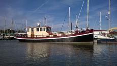 Beautiful Cruising barge