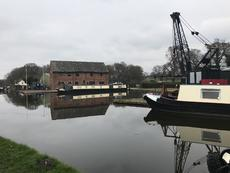 Cranage, Mooring, Blacking and More