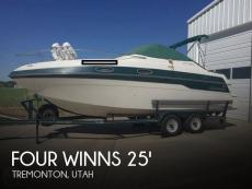 1996 Four Winns 258 Vista