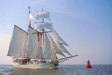 Luxury Tall ship Koh-i-Noor