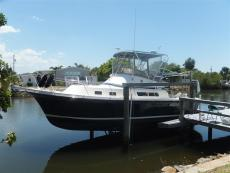 2002 ALBIN 32+2 Command Bridge